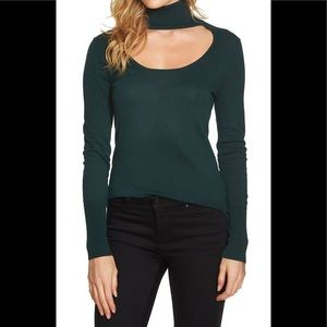 1.State cut out turtleneck